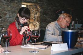 Dégustation œnologiques chez Frayssinet des vins de Dom Brial dans le cadre Authentis